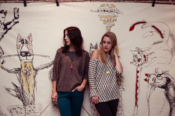 Girls Models Montreal Mural Cafe Art