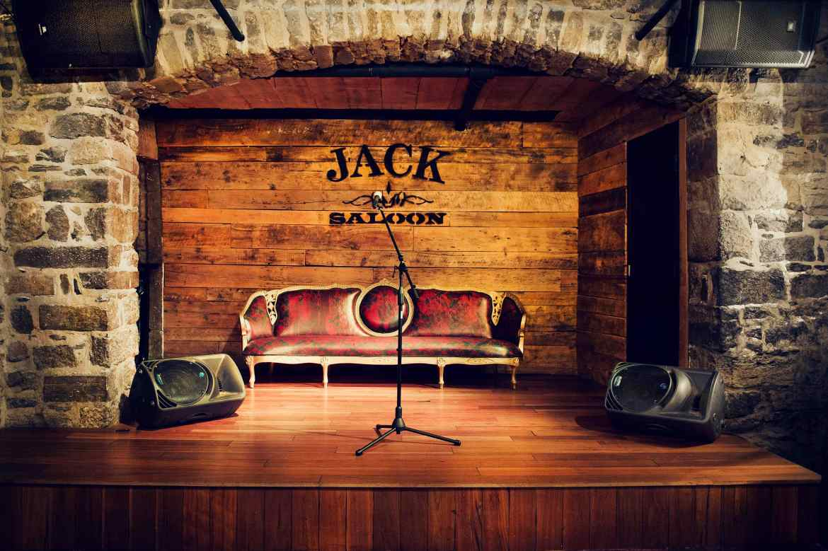 Photo: Jack Saloon
