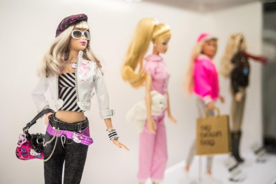 Barbie Expo Montreal Pink Girly Toys Fashion Mode Event Les Cours de Mont Royal