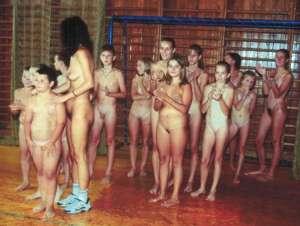 nudi a scuola