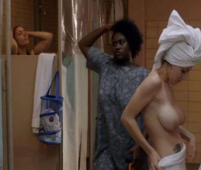Alexis Knapp Topless After Shower From Netflix Hit Orange Is The New Black Super Sweet Celeb Boobies Fully Exposed