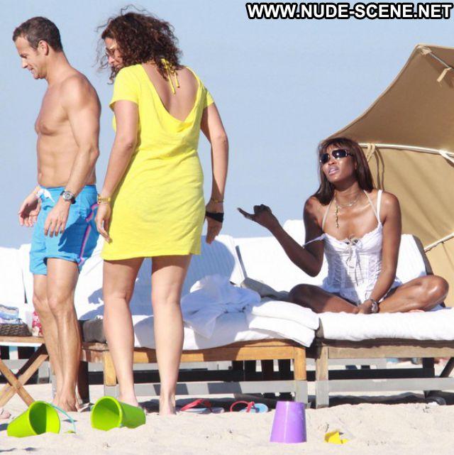 Naomi Campbell Ebony Celebrity Bikini Ass Hot Posing Hot Celebrity