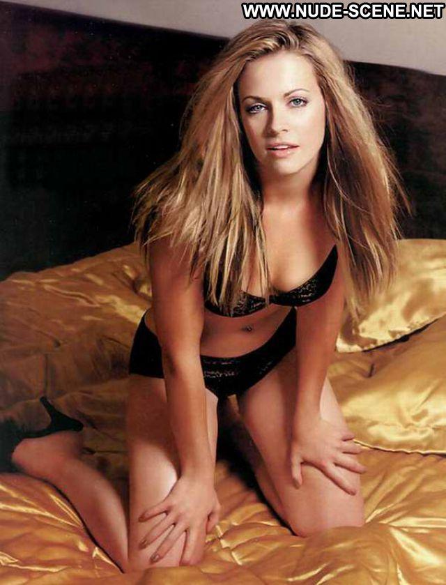 Melissa Joan Hart Famous Babe Posing Hot Hot Celebrity Celebrity Nude