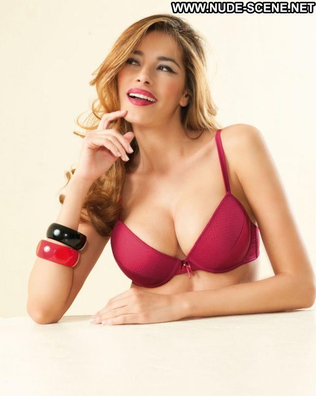 Aida Yespica Latina Nude Nude Scene Babe Celebrity Lingerie Posing