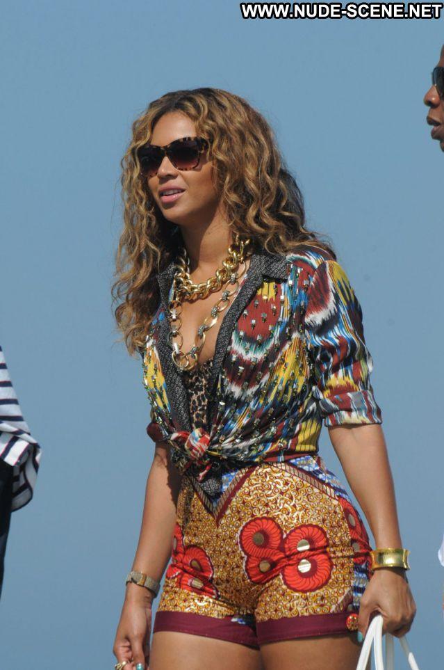 Beyonce Hot Nude Scene Celebrity Singer Nude Ebony Posing Hot