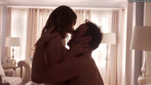 Julianna Guill Girlfriends Guide To Divorce Tv Show Sex Hot