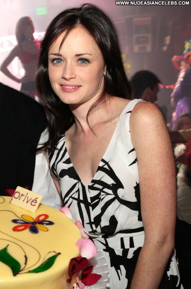 Alexis Bledel Nightclub In Las Vegas Beautiful Birthday Celebrity