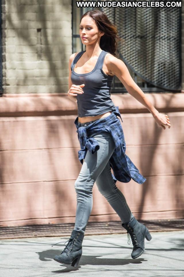 Megan Fox Mutant Ninja Celebrity Posing Hot Nyc Beautiful Paparazzi