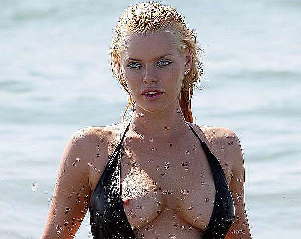 sophie monk oops bikini nipslip
