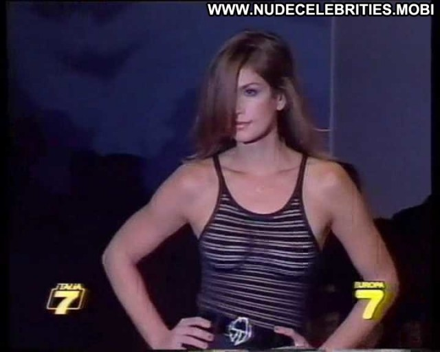 Cindy Crawford Fashion Showing Tits Celebrity Nude Scene Hot