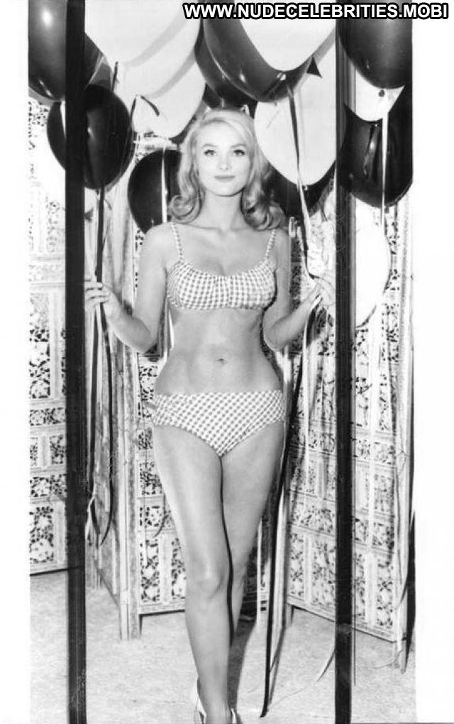 Barbara Bouchet Showing Pussy Blonde Celebrity Posing Hot