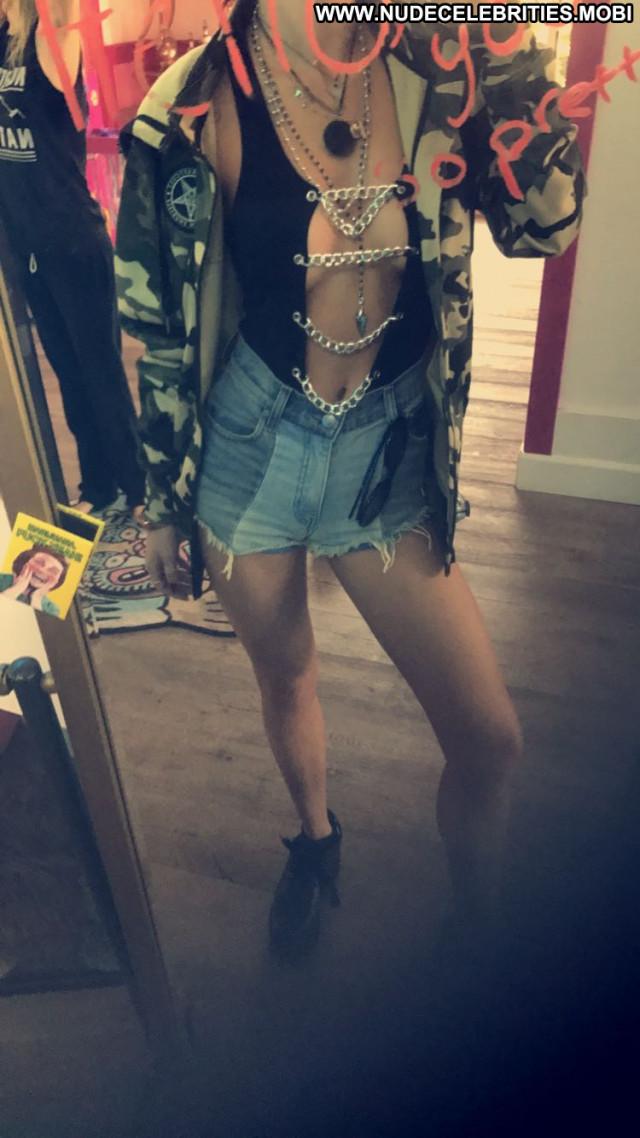 Bella Thorne Los Angeles Beautiful Los Angeles Celebrity Bodysuit