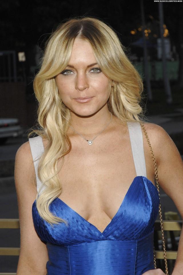 Lindsay Lohan Lg Scarlet Hdtv Series Launch Posing Hot