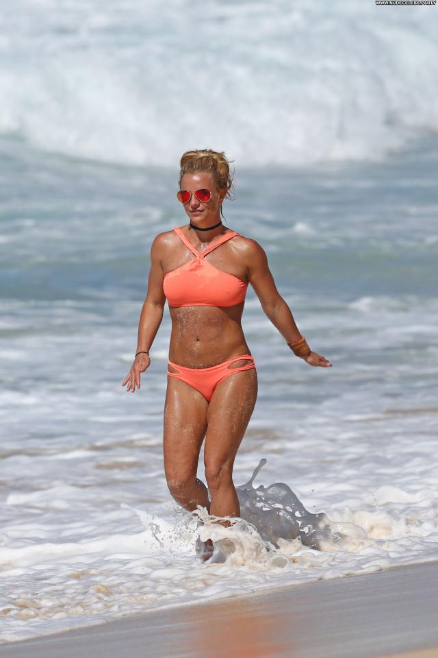 Britney Spears The Beach Posing Hot Celebrity Hot Singer Beach