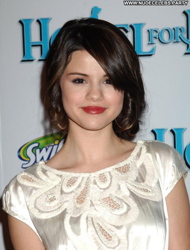 Selena Gomez Los Angeles Beautiful Angel Los Angeles Babe Paparazzi
