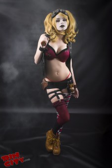 Harley-Quinn-Nude-Rin-City-Cosplay-01-XURp6Do