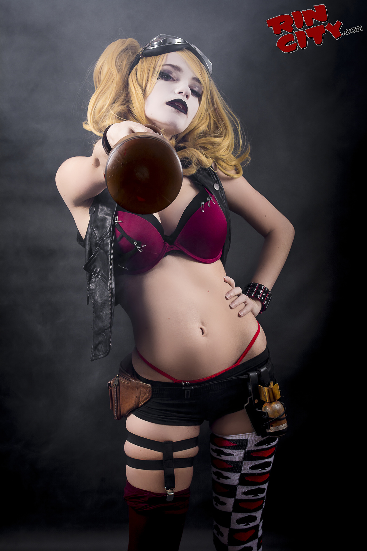 harley quinn naked porn