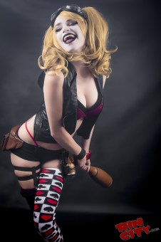 Harley-Quinn-Nude-Rin-City-Cosplay-08-kaxhogG
