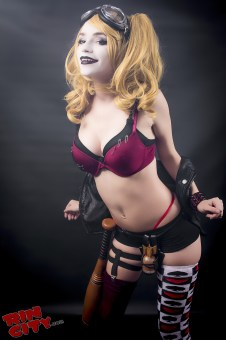 Harley-Quinn-Nude-Rin-City-Cosplay-12-1YMXF8s