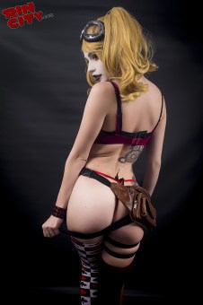 Harley-Quinn-Nude-Rin-City-Cosplay-21-aj3ZNKf