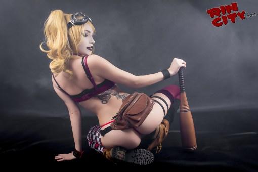 Harley-Quinn-Nude-Rin-City-Cosplay-28-hMKvV4n