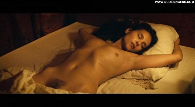 Virginie Ledoyen Farewell My Queen Hot Brunette Sensual International