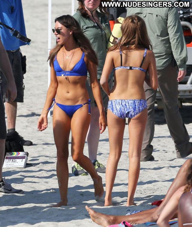 Aubrey Plaza Celebrity Candids Babe Movie Beautiful Bikini Posing Hot