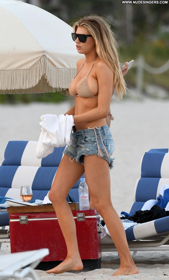 Charlotte Mckinney No Source Candid Hot Bikini Old Candids Beautiful