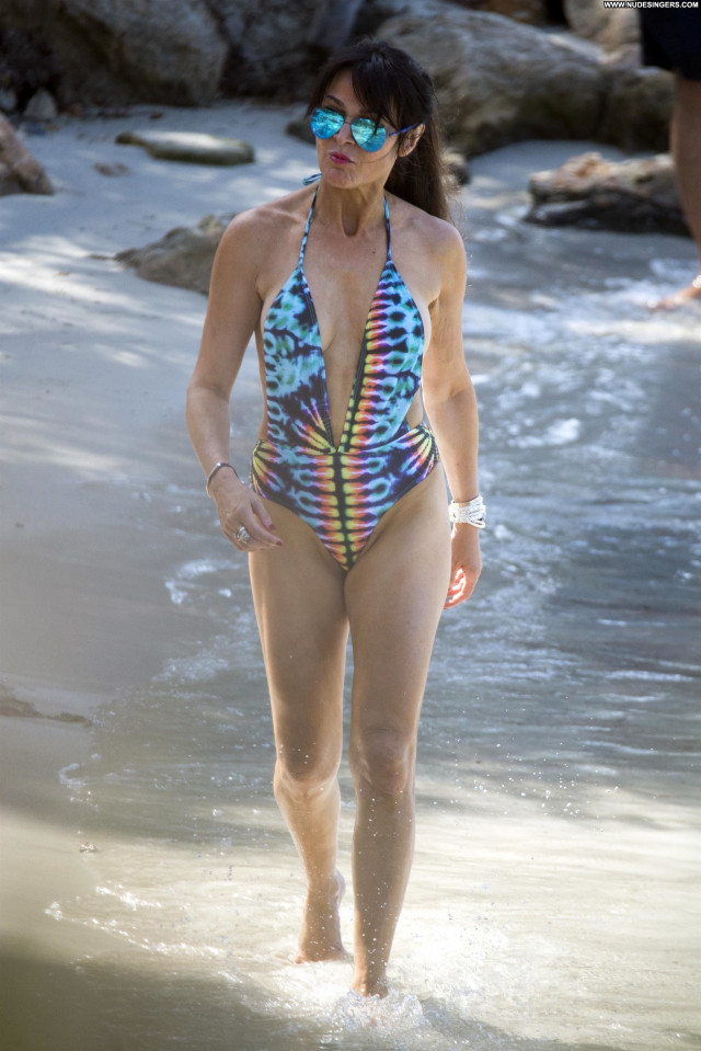 Lizzie Cundy The Beach Posing Hot Beach Sexy Celebrity Sex Beautiful