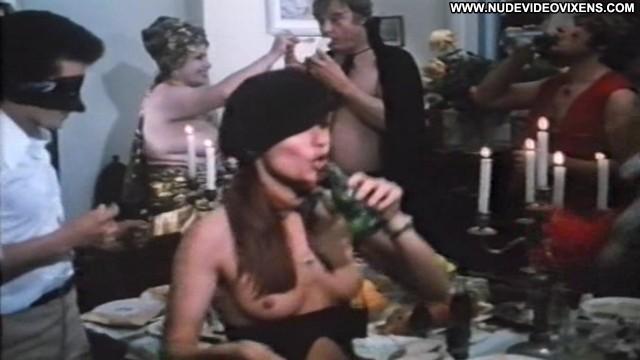 Cline Galone Trois Lyceennes A Paris Sexy Pornstar Posing Hot