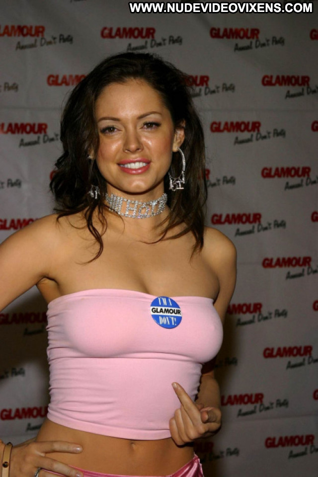 Rose Mcgowan Celebrity Nude Glamour Hot Posing Hot Famous Reality
