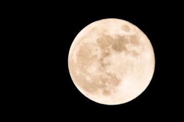 Mond über Norddeutschland