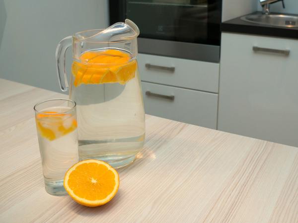 Апельсин қосылған қайың шырыны