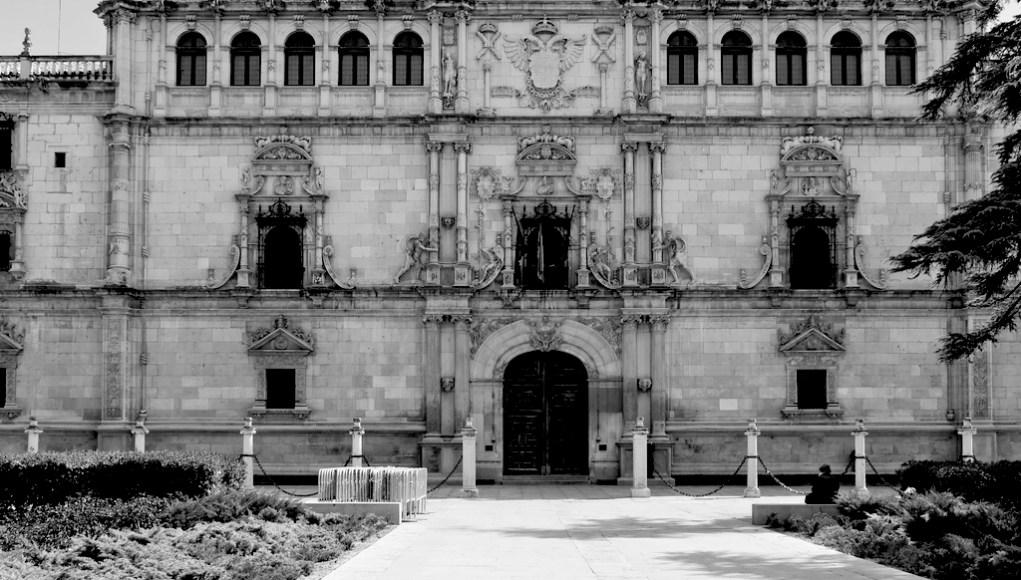 Universidad española. Reformas pendientes