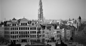Bruselas, uno de los escenarios de la novela. © Wikipedia