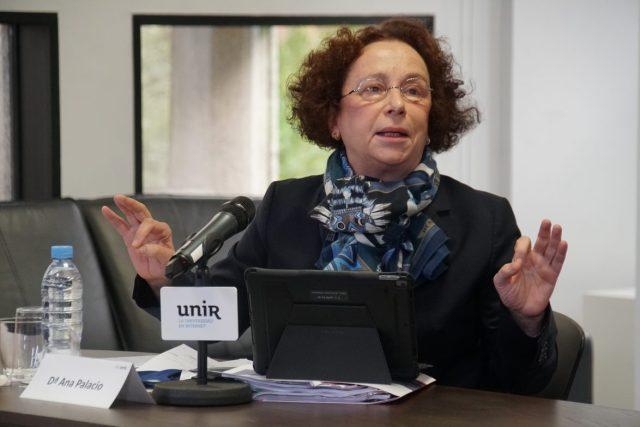 Ana Palacio.