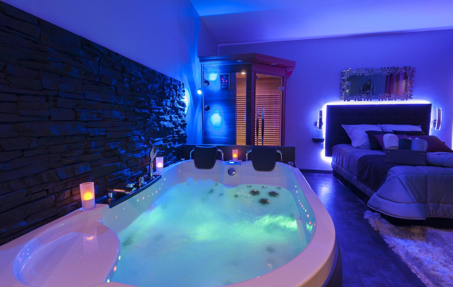 Reve Et Spa Appartement Romantique Avec Jacuzzi Et Sauna Privatifs