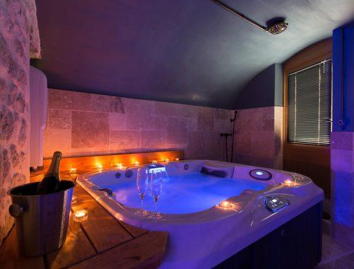 Appartement Ou Villa Avec Jacuzzi Privatif Nuit D Amour