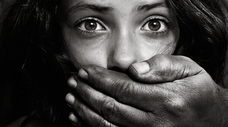Стравичан случај у Брчком: Цијелу породицу претворио у робове, просили за њега и забављали га