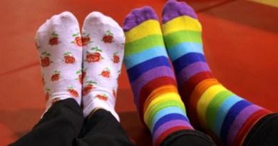 Dan osoba sa Daunovim sindromom: Rasparite čarape!