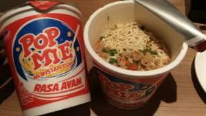 Pop Mie Rasa Ayam : Bumbunya Simple Tanpa Minyak
