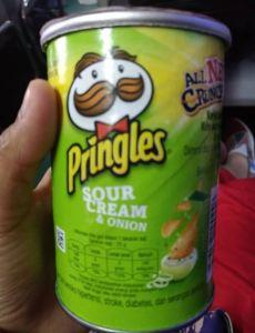 Pringles Sour Cream & Onion, Krim Rasa Asam Unik Rasanya!