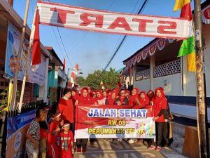 Meriahnya Peringatan Perayaan HUTRI Ke 74 di Perumnas Teluk Purwokerto