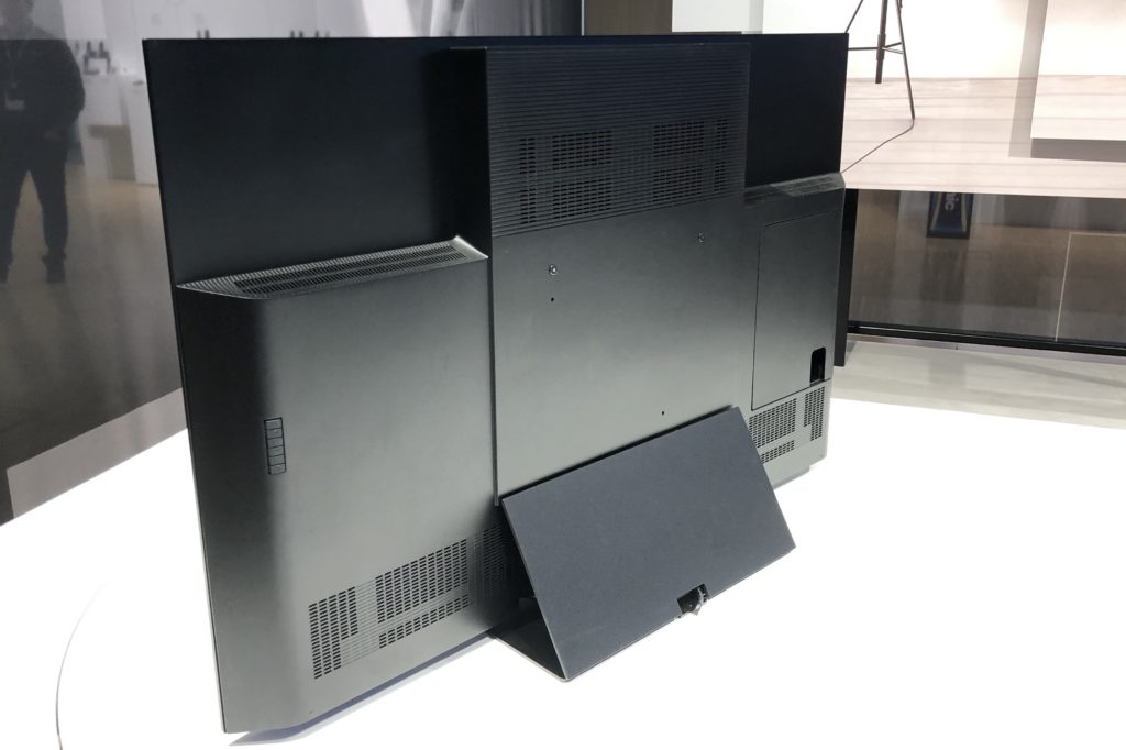 Panasonic GZ2000 TV Test: OLED Keeps its New Reference