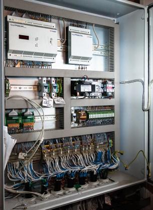 Шкаф автоматики теплового пункта