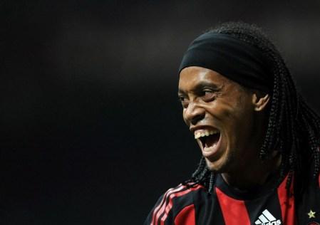 Storie: Ronaldinho rideva sempre, anche al Milan | numerosette.eu
