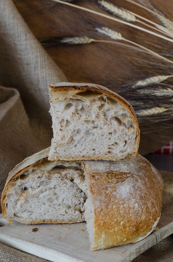 Pane di semola con lievito naturale con cottura frigo forno