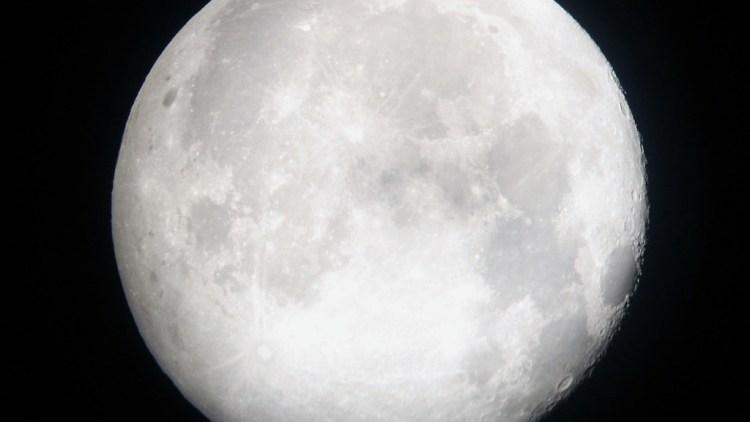 Full_Moon – vivid