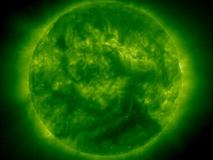 Green Sun – black around it, star