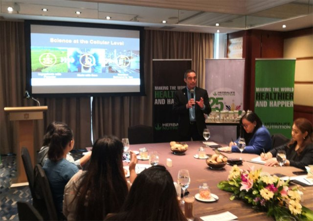 Herbalife Nutrition chairman Dr. Kent Bradley goes on a Wellness Tour to share his knowledge regarding nutrition